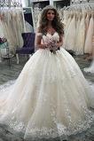 Krátký rukáv Luxusním Krajkou Overlay Satén Víčko Svatební šaty