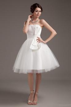 Princezna Střední záda Přírodní pas Luk Zahrada Svatební šaty
