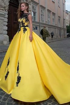 Nášivky Satén Kaple Vlak Rovné rameno Hruška Krajkou Overlay Promové šaty