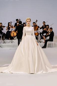 Jednoduchý Rosný rameno Dlouhé rukávy Střední Lištování Svatební šaty