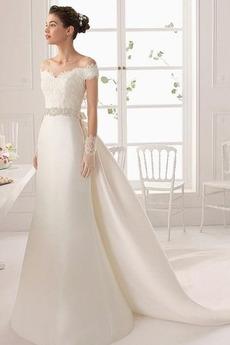 Zimní Střední Krátký rukáv Korálkový pás Sál Víčko Svatební šaty