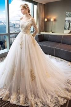 Královská vlečka Rovné rameno Aplikací Tyl Přesýpací hodiny Svatební šaty