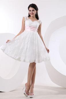 Kolena délka Překrytí živůtek Zářez Romantický Víčko Promové šaty