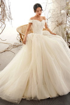 Tyl Vícevrstvý A-Čára Podzim Krátké rukávy T-shirt rukáv Svatební šaty