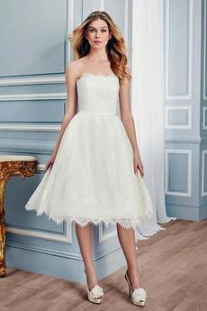 Krajka Zahrada Elegantní obdélník Bez ramínek Kolena délka Svatební šaty