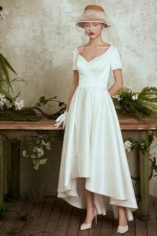 Asymetrické Vysoká nízká T-shirt rukáv Satén Jednoduchý Svatební šaty