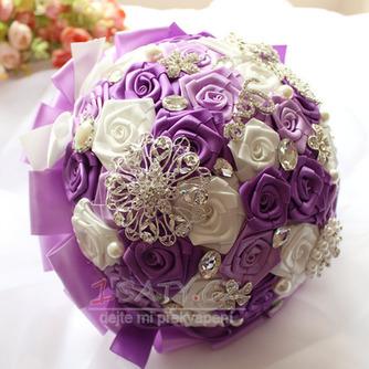 Nevěsta stužka vzrostla perel barvu pásu stuhu drží květiny - Strana 1