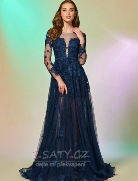 Někdy se večerní šaty nosí dlouhé večerní šaty. Opět můžete převléct vaše  oblečení pera do krásných večerních šatů. Je skvělé nosit něco 6560a17ae3